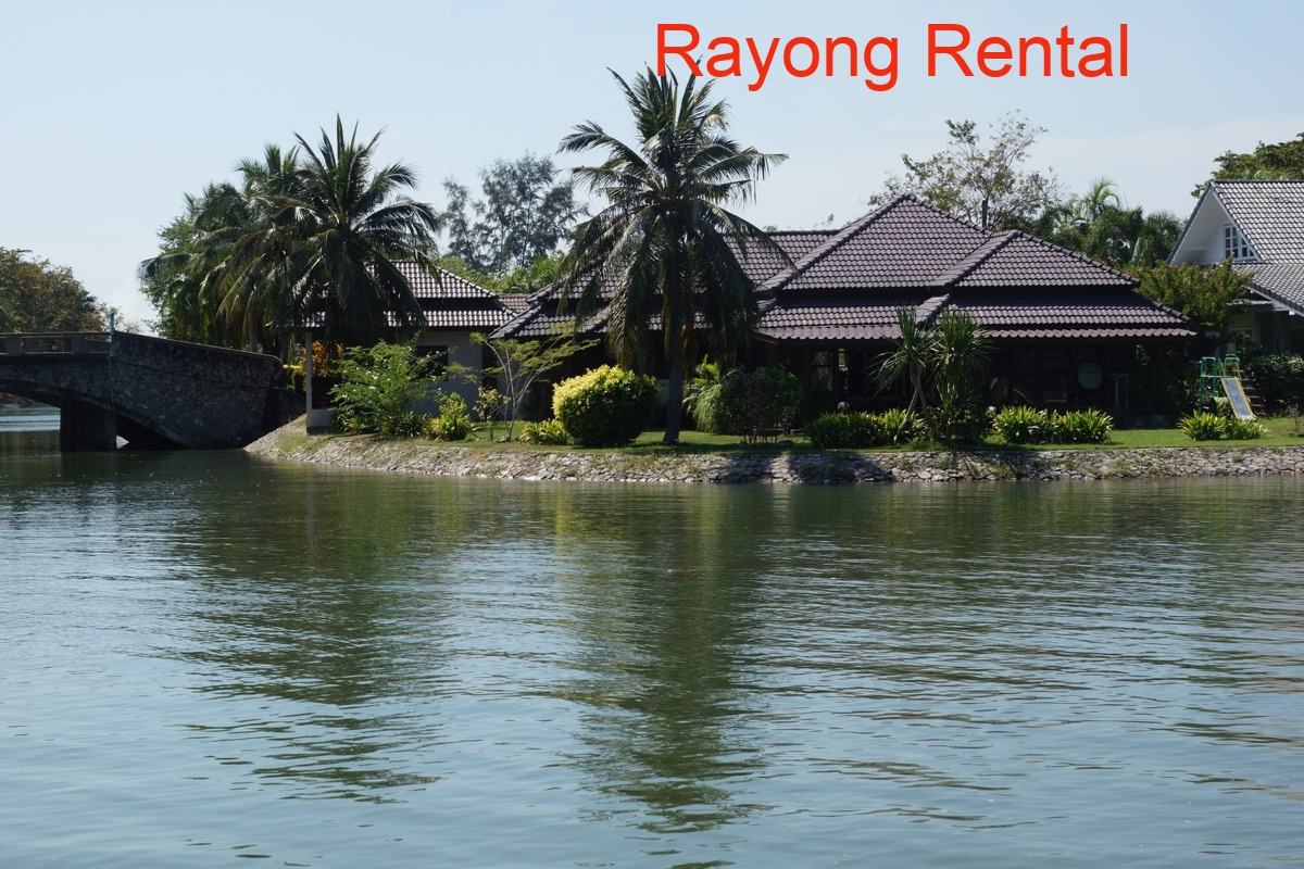 Rayong Rental Rent House Or Apartment In Rayong Mae Phim E28 Bali Style Pool Villa 3 4 Bedrooms
