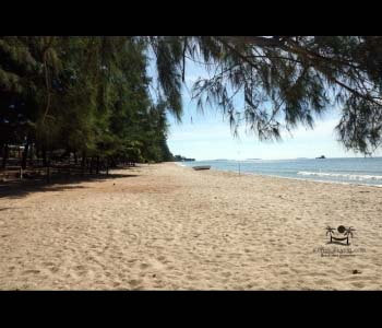 Laem Mae Phim Beach